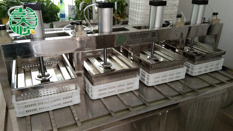呼和浩特设备调试及豆制品生产现场